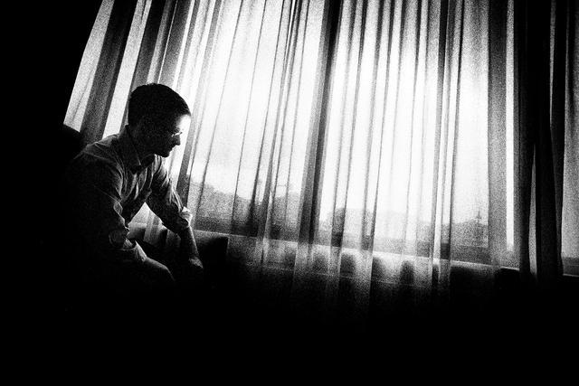 《连线》:爱德华·斯诺登不为人知的故事