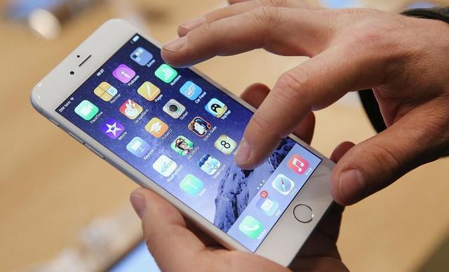 苹果:iPhone自动关机系因劣质电源适配器