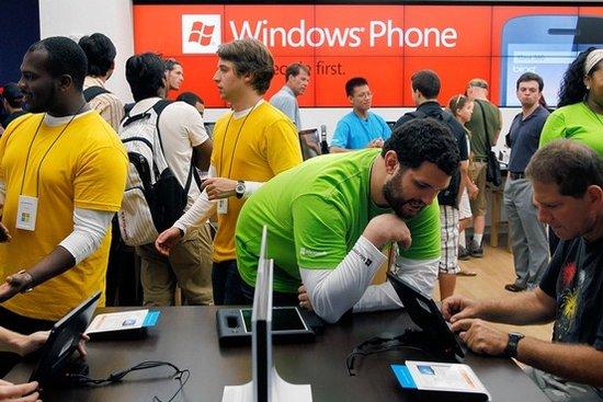 微软钻研零售业 效仿苹果能否成功尚存疑问