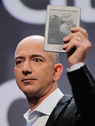 亚马逊CEO杰夫-贝佐斯(腾讯科技配图)