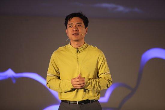 百度李彦宏:中国互联网正加速淘汰传统行业