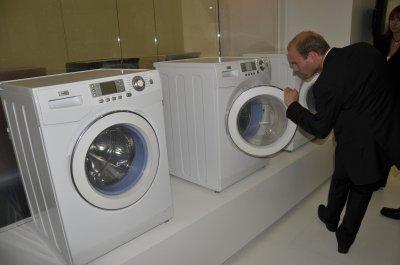 德国IFA展举行 海尔防霉抗菌洗衣机成主角