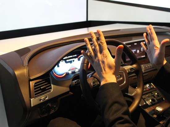 奥迪无人驾驶汽车(腾讯科技配图)-自动驾驶和无人驾驶 CES上的未高清图片