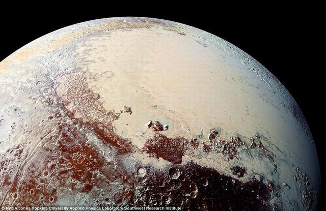 冥王星氮冰重量过大使地壳断裂形成盆地结构