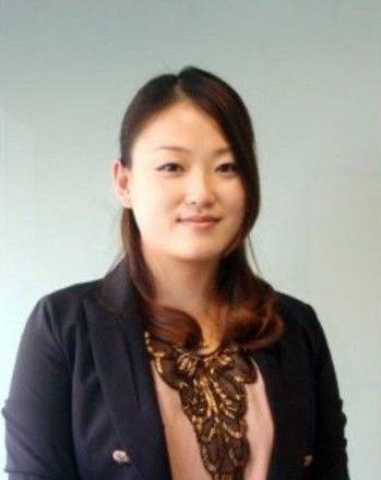 刘强东:西红柿门非炒作 和女主角已恋爱三年