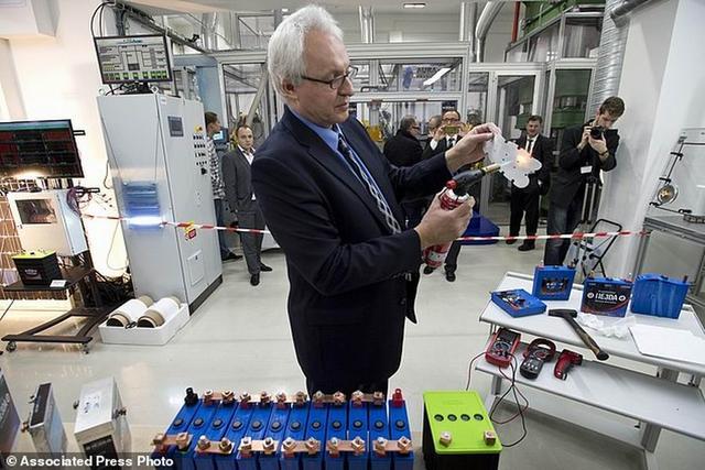 """捷克公司新型纳米技术""""超级电池""""投入生产"""
