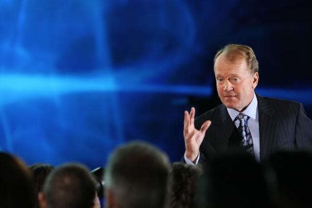 思科CEO钱伯斯:科技产业迈入大屠杀时代