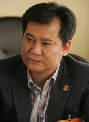年度经济候选人物:苏宁集团董事长张近东