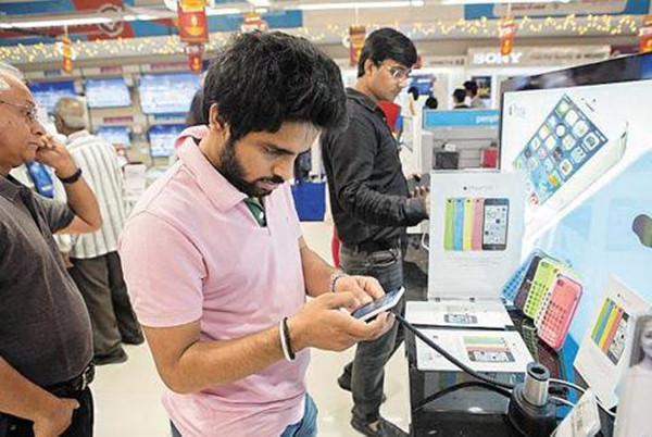 印度进口关税调整 手机供应链厂商觊觎印度设厂