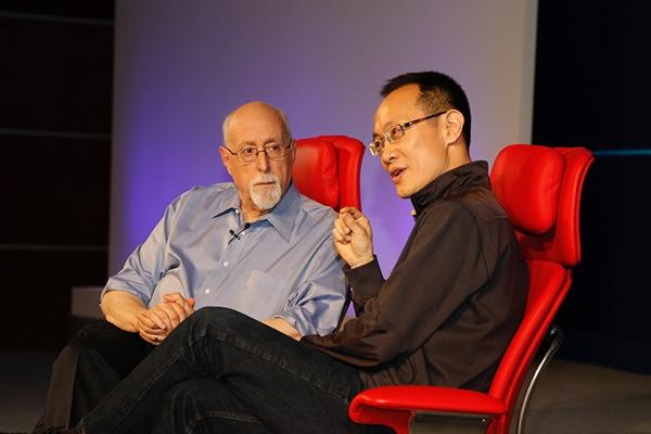 小米林斌对话莫博士:三星商业模式需改变