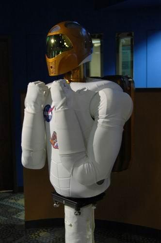 世界首个太空机器人计划于11月1日发射升空