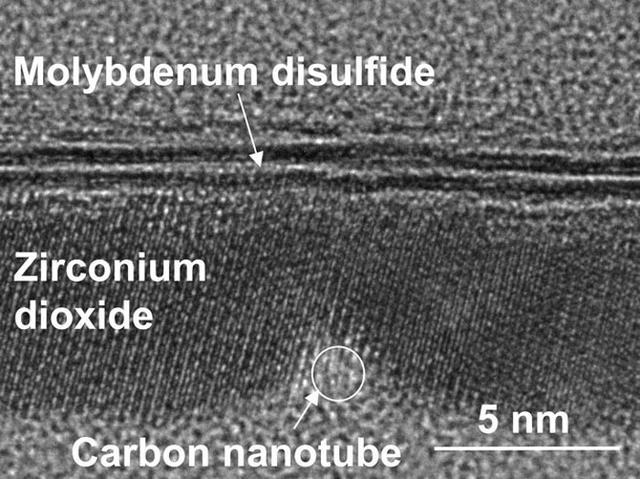 美国研究人员开发出史上最小晶体管 确保摩尔定律延续