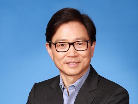 京东高级副总裁张晨成金蝶软件非执行董事