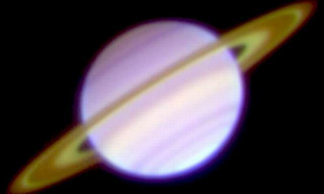 """中红外图像呈现土星""""卡西尼环缝""""更加明亮"""