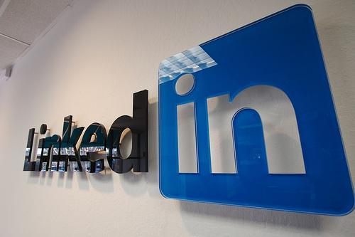 "LinkedIn正式推出简体中文版 中文名""领英"""