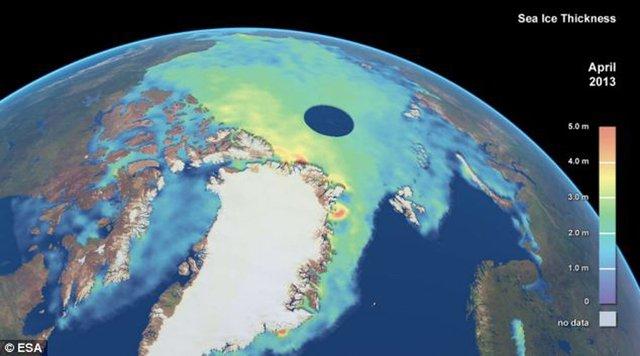 全球变冷?卫星显示北极海冰总量猛增变厚