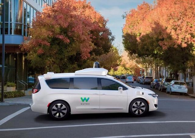 谷歌无人驾驶汽车有重大进展 关键部件成本下降逾90%