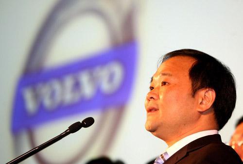 吉利集团董事长李书福:应向打车软件收税