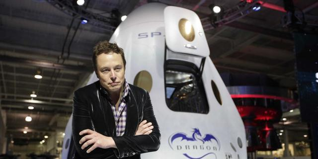 马斯克:我们将在12年内尝试将人送上火星