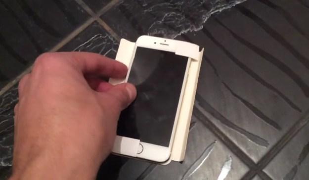 iPhone 6c谍照首次曝光 与iPhone 6相似