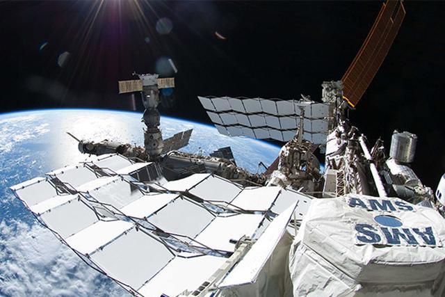 国际空间站磁谱仪发现疑似暗物质粒子轨迹