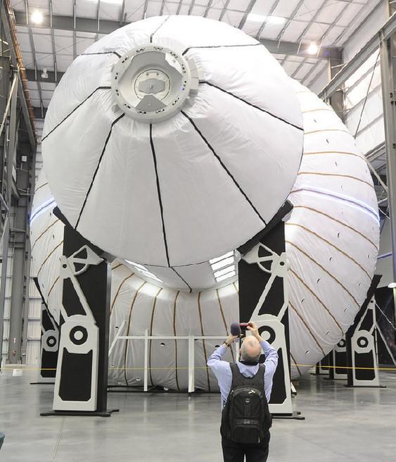 NASA又扛重担:两年造出宇航员深空生活舱