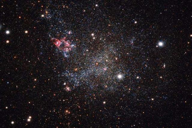 科学家发现银河系还有一个异常简洁的近邻
