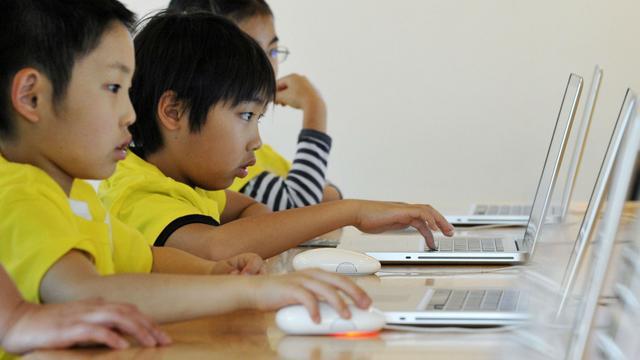 权威报告:发达国家里日本年轻人电脑能力最差