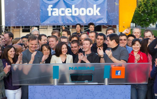 Facebook开盘价43.25美元  较发行价涨13.8%
