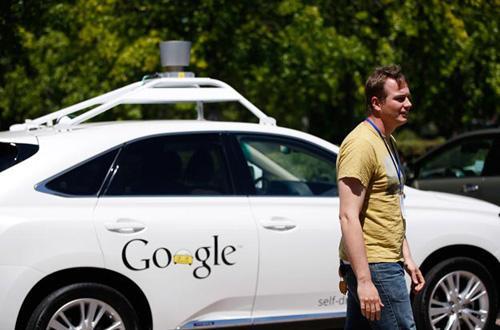 谷歌高管阐述无人汽车原型背后理念