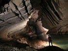 印尼发现奇异地下洞穴