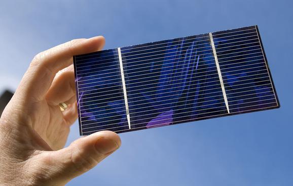 硅太阳能电池光电转换率首超26%