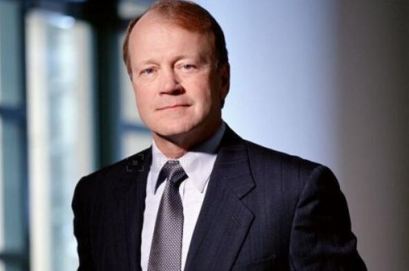 思科董事长钱伯斯:特朗普上台对美国商业有利