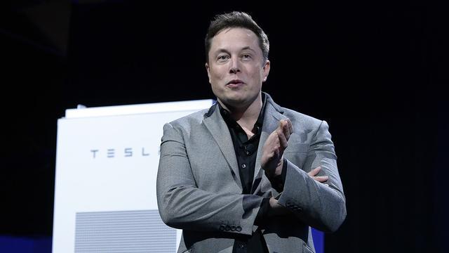马斯克发布总体规划:太阳能+电动卡车+无人驾驶打车网络