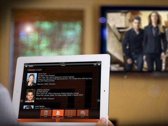"""曲线抢占客厅:""""第二屏""""该如何与电视结合?"""