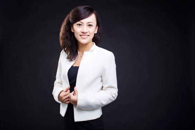 李出学鹏杏彩娱乐因伤缺席国狠树足集训