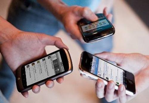 移动通讯应用的成长灰色地带:依赖病毒式营销