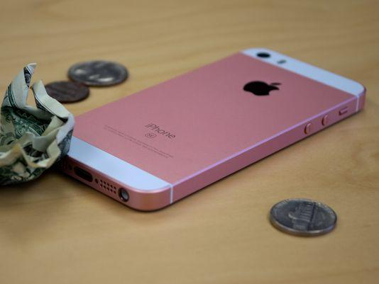 iPhone SE销量大增 或将蚕食iPhone 6s的市场份额