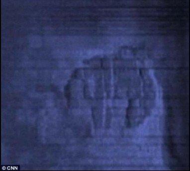 波罗的海发现形似飞碟残骸 科学家派潜艇调查