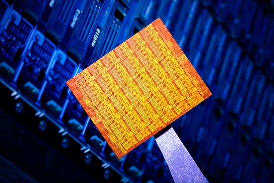 英特尔研发48核芯片:5年内手机或成超级电脑