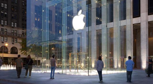 这事很怪:iPhone7首发售罄 直营店排队却不多