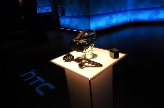 光赚硬件的钱还不够 HTC亲自开发了第一款VR游戏