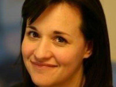 扎克伯格背后的第三个女人:私人助理Fragodt