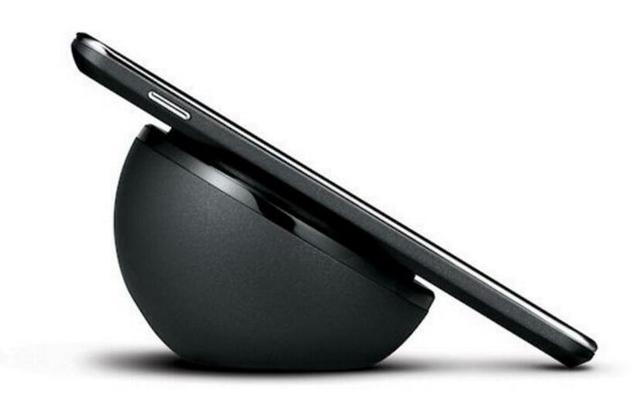 传iPhone原型机有十多款 至少5个团队在开发无线充电
