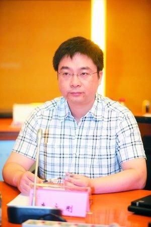 南京大学政治学教授李永刚