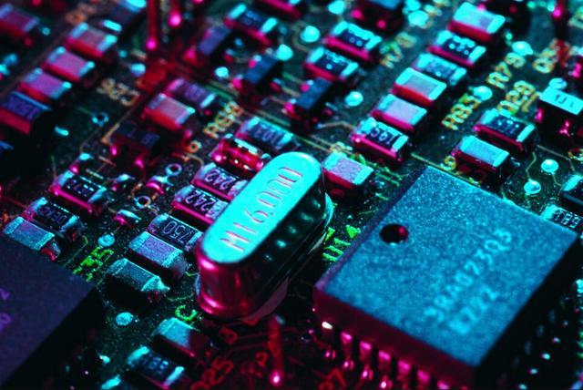 螳螂捕蝉:警惕中国芯片产业合作中被边缘化?