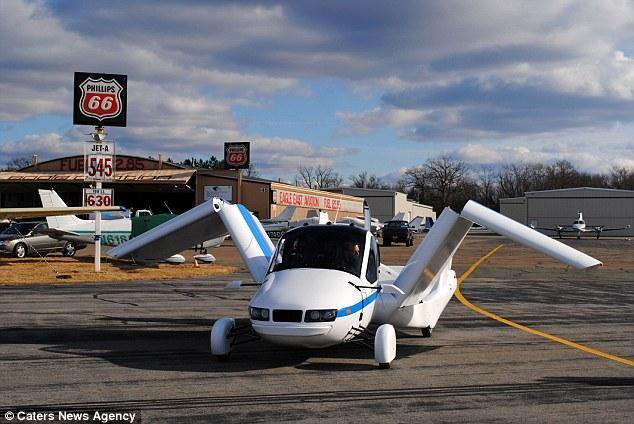 美国公司明年开卖会飞的汽车