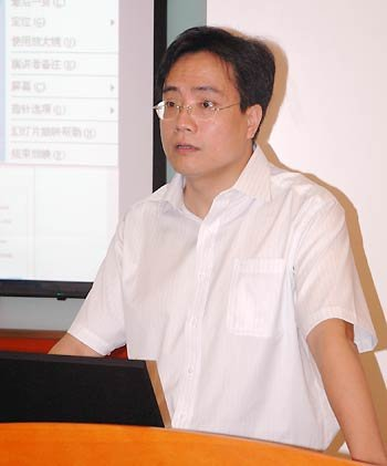 深圳晶报副总编辑林航