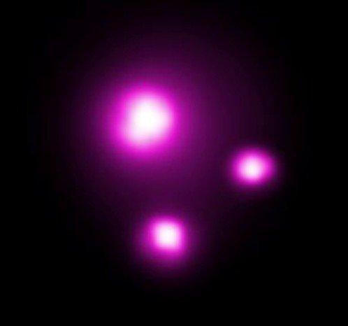 科学家发现1000摄氏度的行星