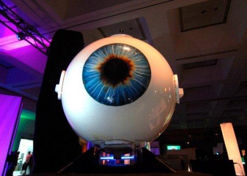 八大高科技产品:神奇机器眼和360度3d显示器